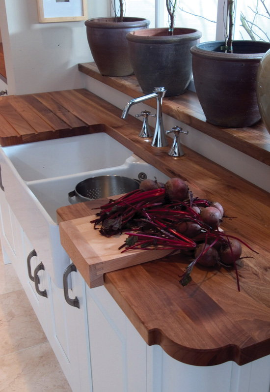 Kitchen Worktops Direct for Iroko, Oak, Beech, Walnut, Maple550